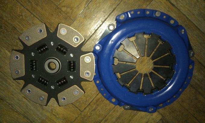тюнинг_NissanPrimera_двигатель сцепление крышка