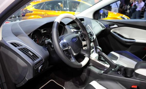 тюнинг Ford Focus 3_салон 2