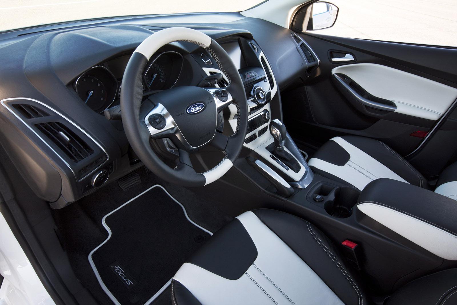 тюнинг Ford Focus 3_салон 3