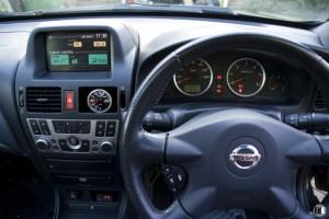 Тюнинг Nissan Almera салон 2