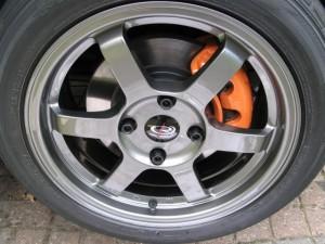 Тюнинг Nissan Almera шасси 8 тормоза
