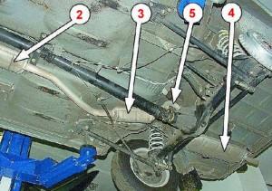 Как устроена выхлопная система ВАЗ 2106