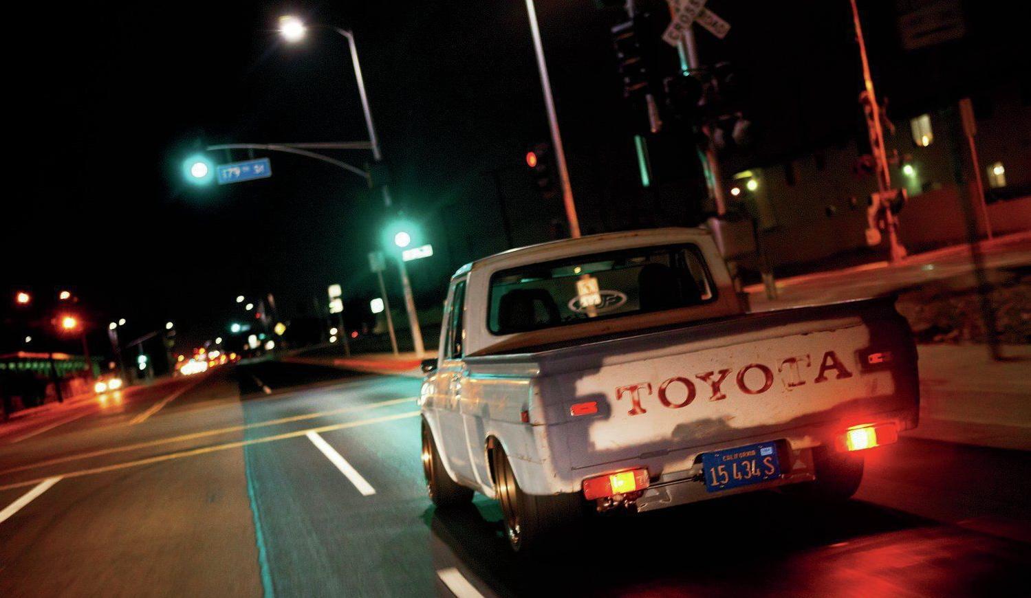 1972-Toyota-Hilux-Pickup, кузов 4 сзади