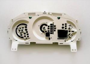 корпус комбинации приборов мазда 3